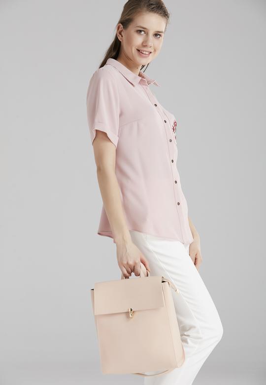 Bağcıklı Gömlek