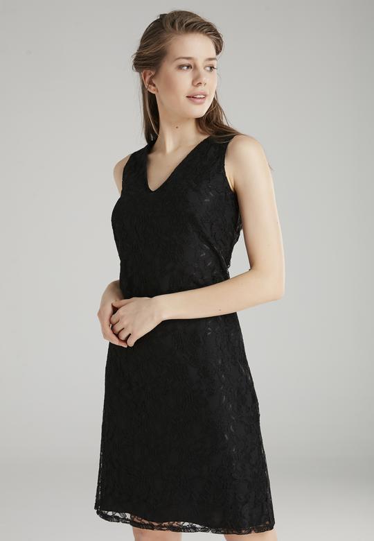 Kolsuz Dantelli Elbise