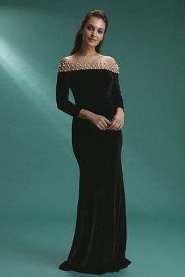Yakası İşlemeli Elbise