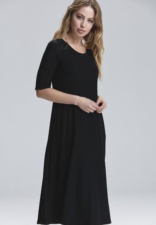 Yuvarlak Yakalı Elbise