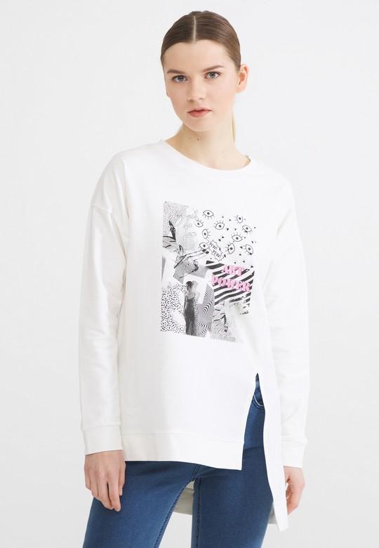 Önü Yırtmaçlı Baskılı Sweatshirt