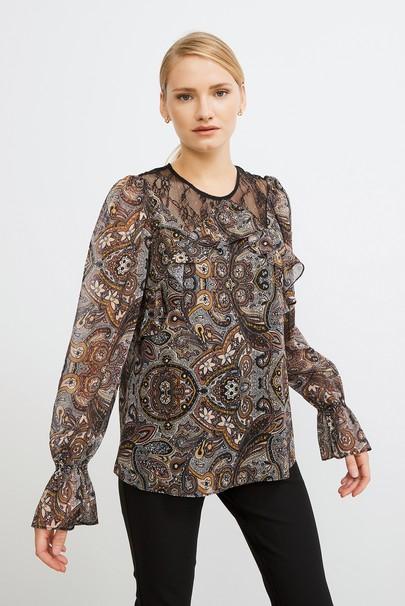 Volanlı Dantelli Desenli Şifon Bluz