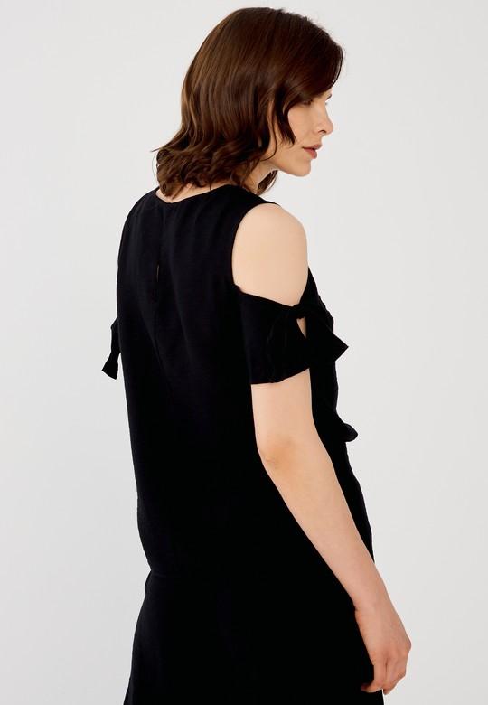 Omuzları Açık Desenli Bluz