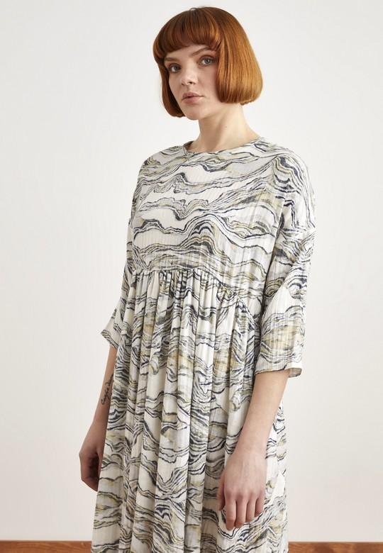 Batik Desenli Elbise