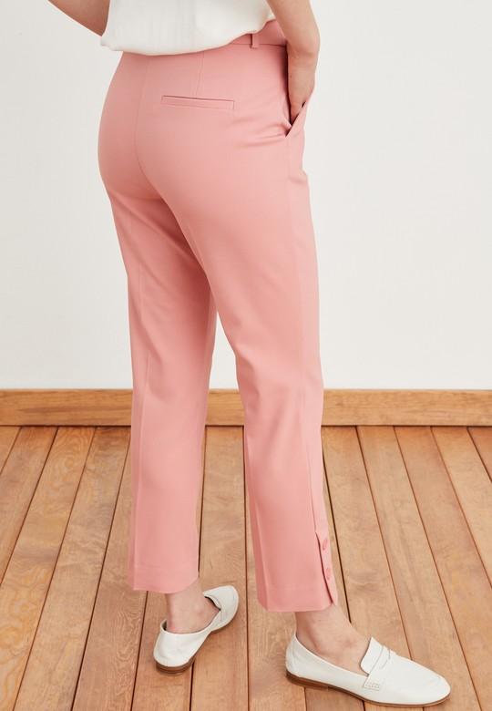 Paçası Düğme Detaylı Pantolon