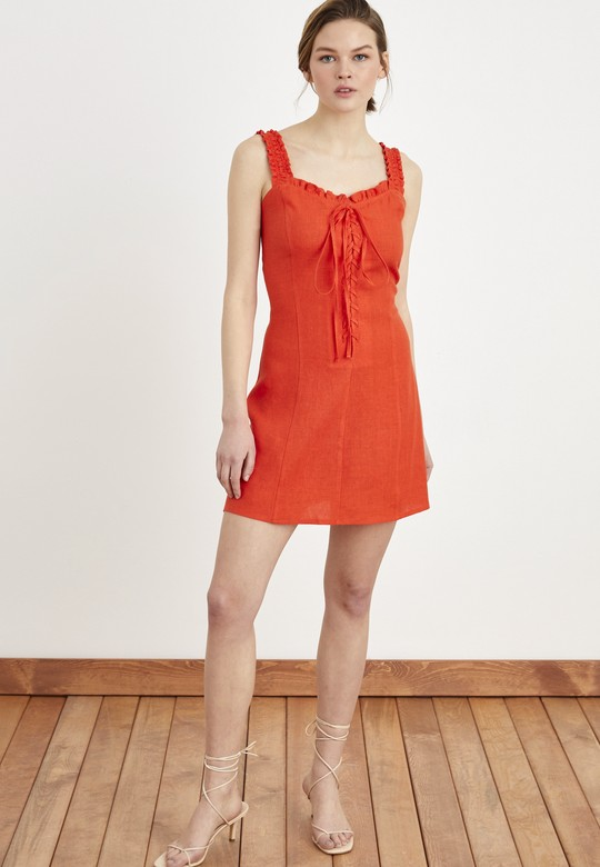 Önü Bağcıklı Mini Elbise