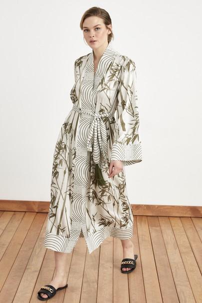 Çizgi Garnili Desenli Kimono