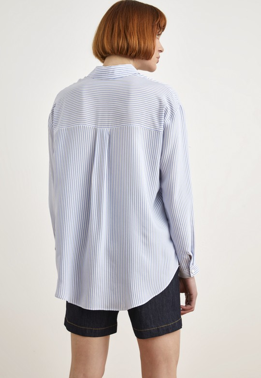 Önü Nakışlı Gömlek