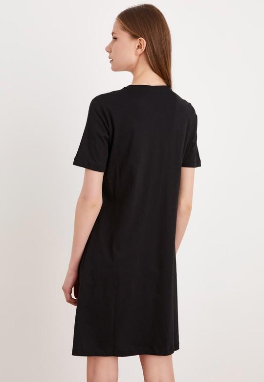 Kısa Kollu Örme Elbise