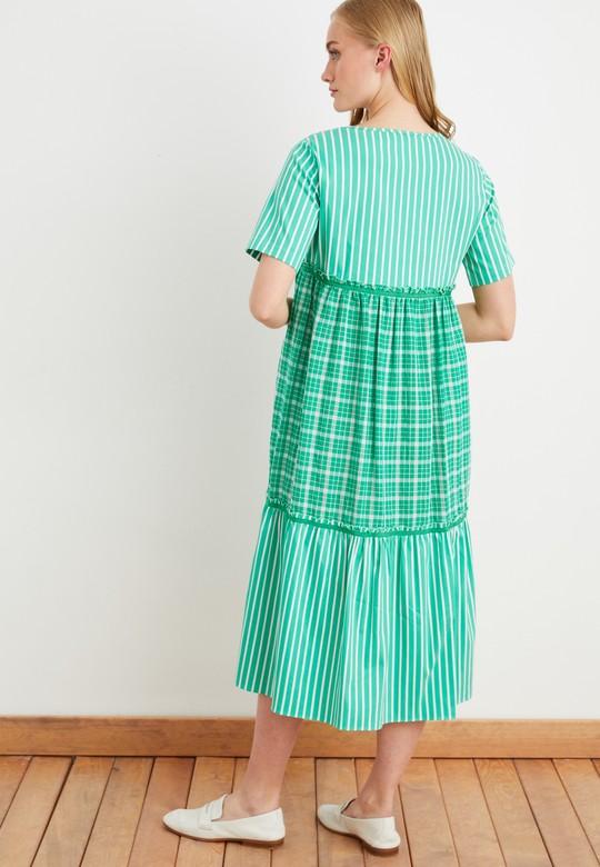 Garnili Volanlı Elbise