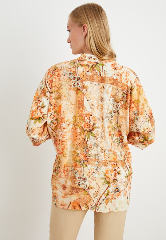 Dik Yaka Desenli Bluz