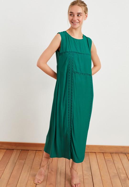 Şerit Dantel Detaylı Elbise