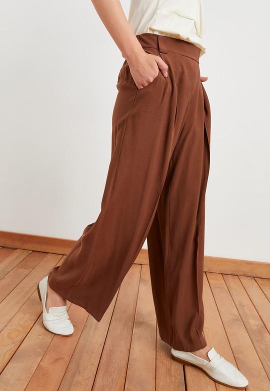 Pileli Geniş Paça Pantolon