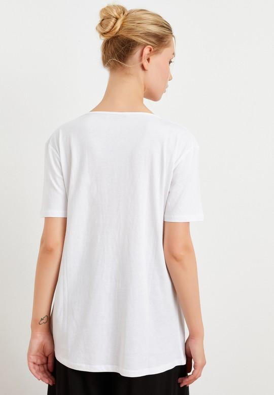 İşlemeli Kısa Kollu Tişört