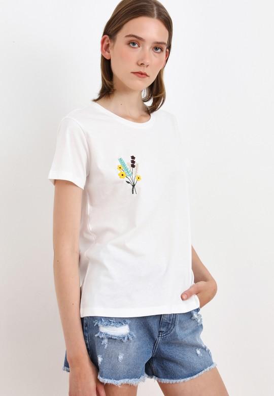 Kısa Kol Nakışlı Tişört