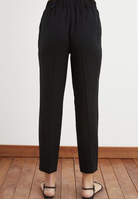 Beli Lastikli Pileli Tencel Pantolon